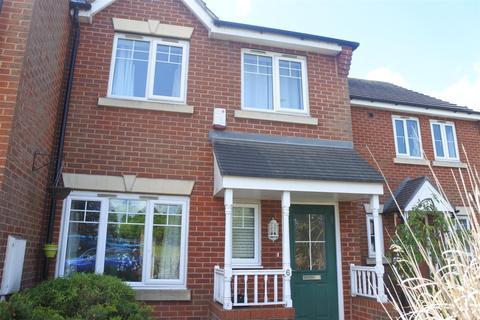 3 bedroom townhouse to rent - Valiant Way, Melton Mowbray