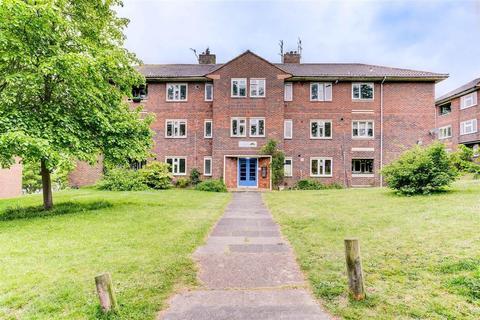 2 bedroom ground floor flat for sale - Bromley Road, Brighton