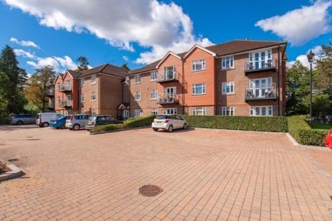 2 bedroom flat for sale - Claregate, Thornton Road, Little Heath