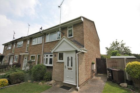 3 bedroom end of terrace house to rent - Honeysuckle Path, Springfield, Chelmsford