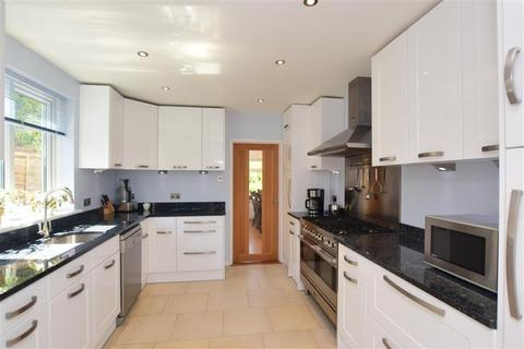 4 bedroom detached house for sale - Dargate Road, Yorkletts, Whitstable, Kent