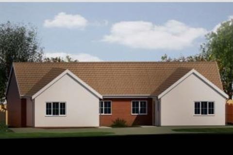 2 bedroom bungalow for sale - Whatfield Road, Elmsett, Ipswich, Suffolk, IP7