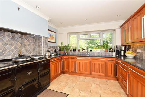 6 bedroom detached house for sale - Mierscourt Road, Rainham, Gillingham, Kent