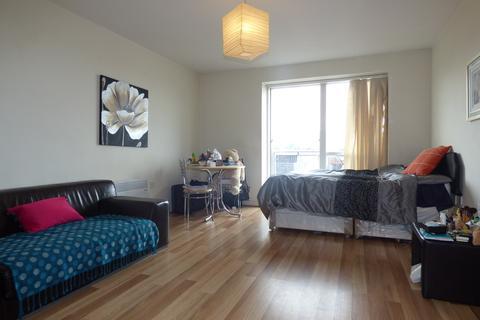 Studio to rent - Apartment 46, 38  Ryland Street