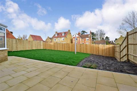 4 bedroom detached house for sale - Robin Close, Rook Lane, Sittingbourne, Kent