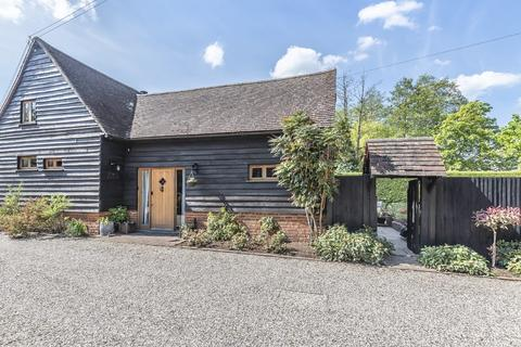 3 bedroom barn conversion to rent - Blagrove Lane, Wokingham