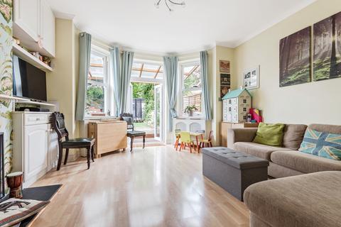 2 bedroom maisonette for sale - Cator Road London SE26