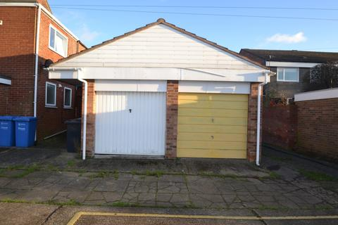 Parking to rent - Grove Road, Norwich, NR1