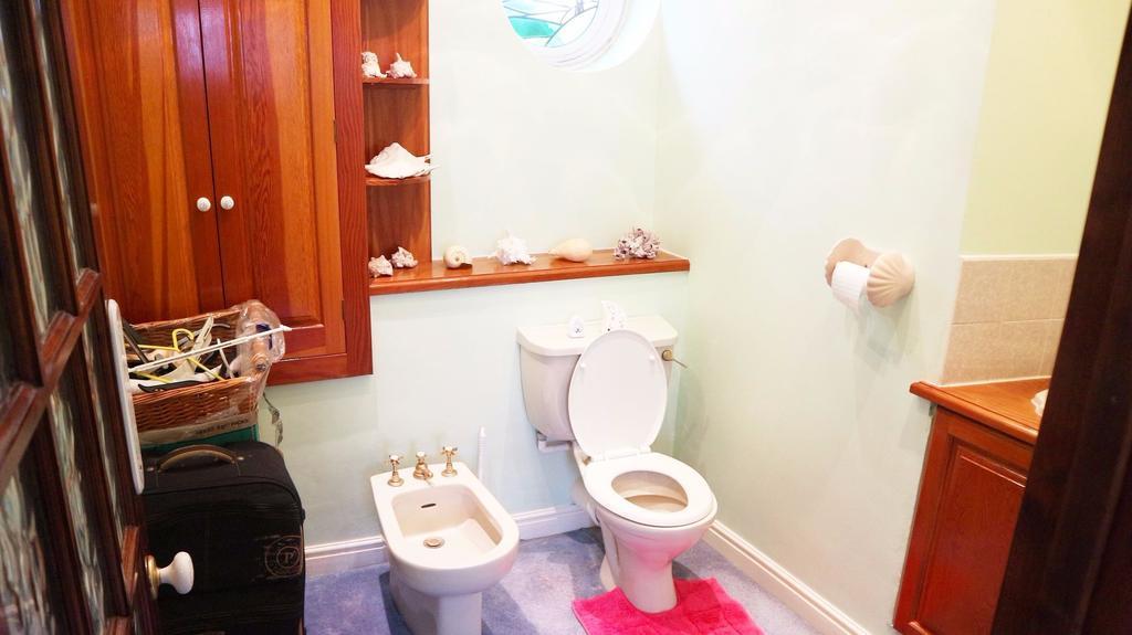 W.c. off bathroom