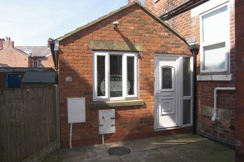 2 bedroom semi-detached bungalow for sale - East Beach Lytham Lytham St Annes