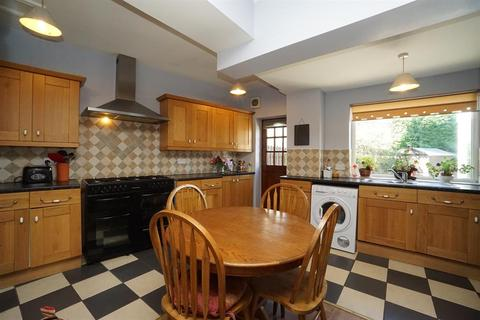 5 bedroom semi-detached house for sale - Langsett Avenue, Wadsley, Sheffield, S6 4AD