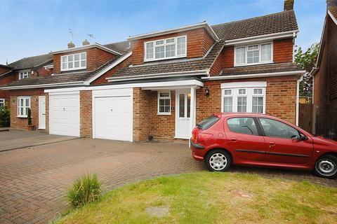 4 bedroom link detached house for sale - Orchid Place, South Woodham Ferrers, Essex, CM3