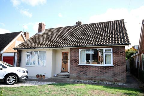 2 bedroom bungalow to rent - Purcell Cole, Writtle, Chelmsford, CM1