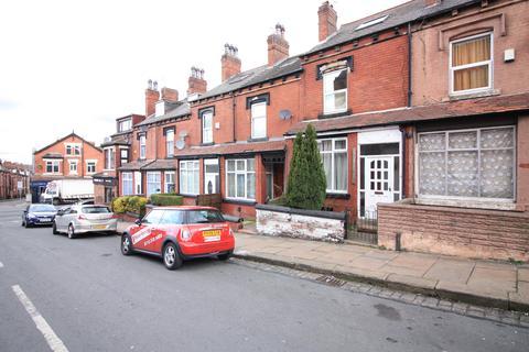 3 bedroom terraced house to rent - Milan Road, Leeds, West Yorkshire, LS8