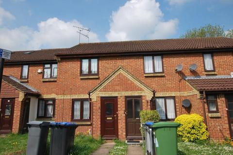2 bedroom terraced house for sale - Milford Gardens, Wembley