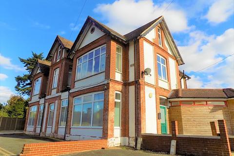 2 bedroom apartment to rent - Portsmouth Road, Bramshott Chase