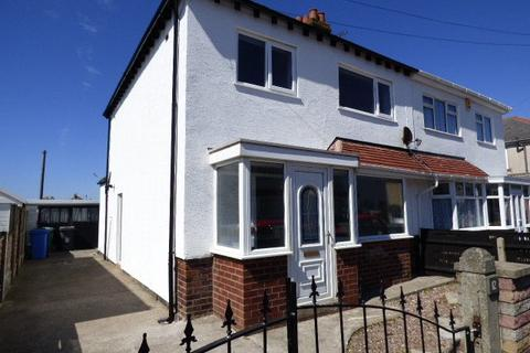 3 bedroom semi-detached house to rent - Manor Drive, Thornton-Cleveleys, FY5