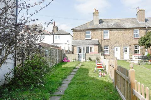 2 bedroom end of terrace house for sale - Dover Road, Walmer, Deal