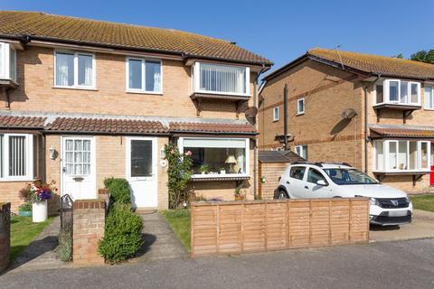 2 bedroom house for sale - Sandown Close, Deal
