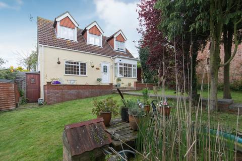 3 bedroom detached house for sale - Borstal Hill, Whitstable