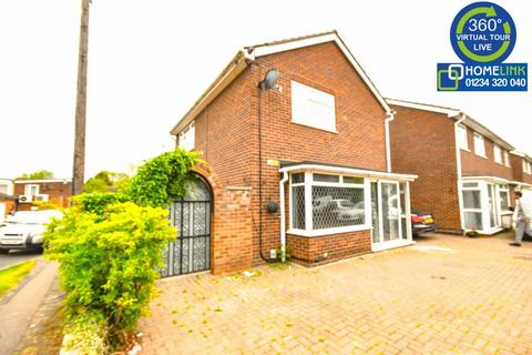 3 bedroom detached house to rent - St Johns Avenue, Bedford