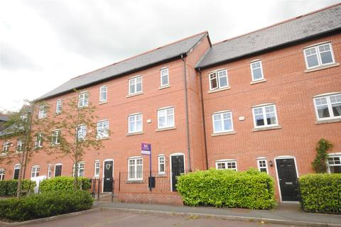 3 bedroom townhouse to rent - Trevore Drive, Standish, Wigan