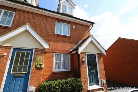 3 bedroom house to rent - Ellington Road, Bedford