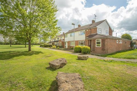 3 bedroom semi-detached house for sale - Grasmere, Aylesbury
