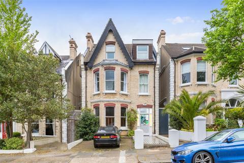 2 bedroom flat for sale - Wilbury Gardens, HOVE