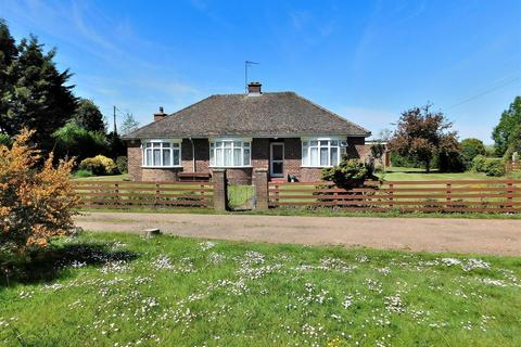 3 bedroom detached bungalow for sale - West Winch Road, West Winch, King's Lynn