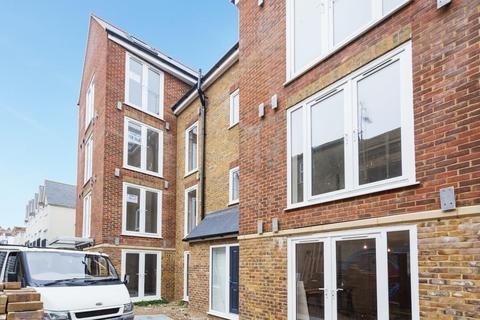 2 bedroom flat for sale - Albion Street, Broadstairs