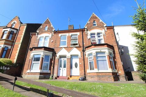 5 bedroom house to rent - Napier Rd - Ref: P10507 - Available Now