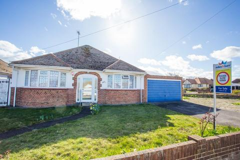 2 bedroom detached bungalow for sale - Northdown Road, Margate