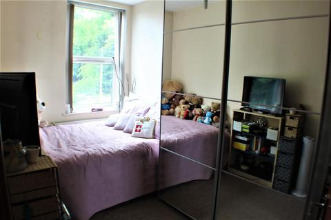 1 bedroom flat for sale - Half Edge Lane, Eccles, Manchester
