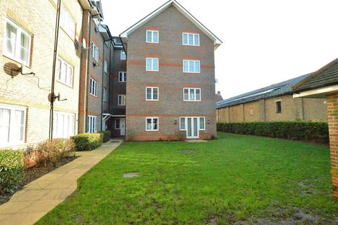1 bedroom flat for sale - Fieldview Court, Farnburn Avenue, Slough