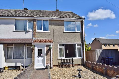 3 bedroom townhouse for sale - Stonelea Close, Chippenham, Wiltshire, SN14