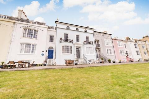 3 bedroom apartment for sale - Marine House, Central Parade, Herne Bay