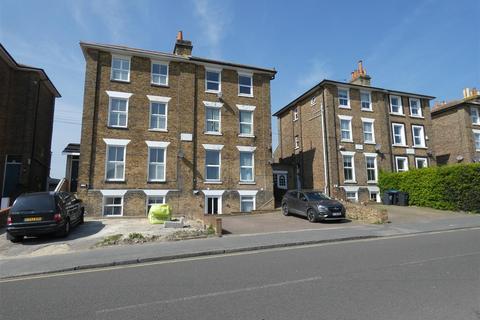 2 bedroom flat to rent - Grange Road, Ramsgate