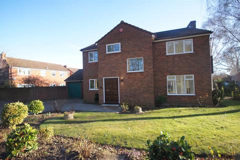 4 bedroom detached house to rent - Grange Way, Broadstairs