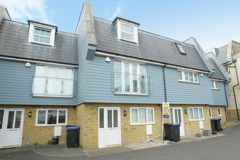 3 bedroom townhouse to rent - Ramsgate