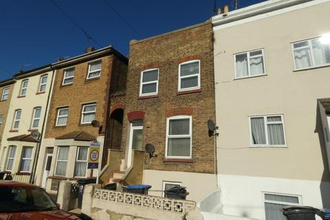 2 bedroom maisonette to rent - Ramsgate