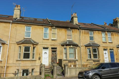 4 bedroom terraced house for sale - Victoria Terrace, Oldfield Park, Bath