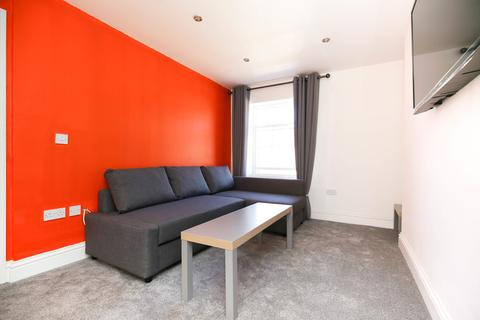 3 bedroom apartment to rent - St James Street, City Centre, Newcastle Upon Tyne