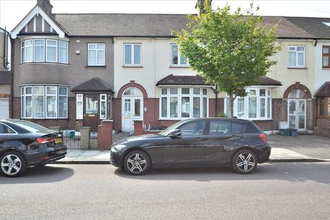 3 bedroom terraced house for sale - Eton Road, Ilford