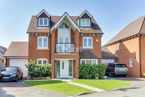 4 bedroom semi-detached house to rent - Bluebell Crescent, Woodley, RG5 4WP