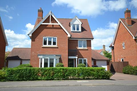 5 bedroom detached house to rent - Woodlands Park Drive, Dunmow, Essex, CM6