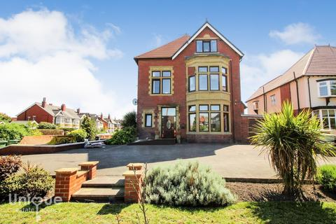 4 bedroom semi-detached house for sale -  Clifton Drive South,  Lytham St. Annes, FY8