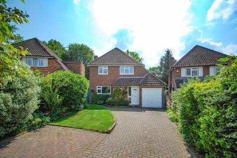4 bedroom detached house for sale - Bunby Road, Stoke Poges, SL2