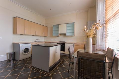 2 bedroom apartment to rent - Pittville Circus, Cheltenham GL52 2PX