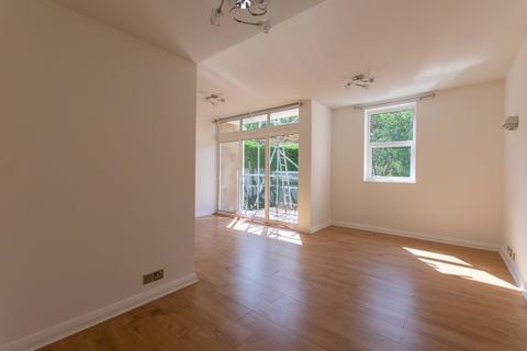 2 bedroom apartment to rent - Lansdown Road, Cheltenham GL50 2JE